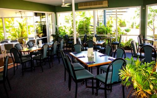 KBRs Licensed Restaurant - Southport Accommodation