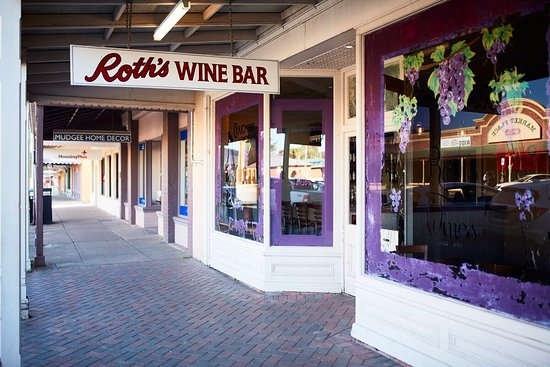 Roth Wine Bar - Southport Accommodation