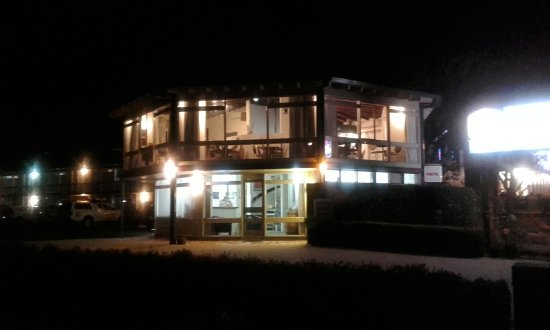Wanderlight Restaurant - Southport Accommodation