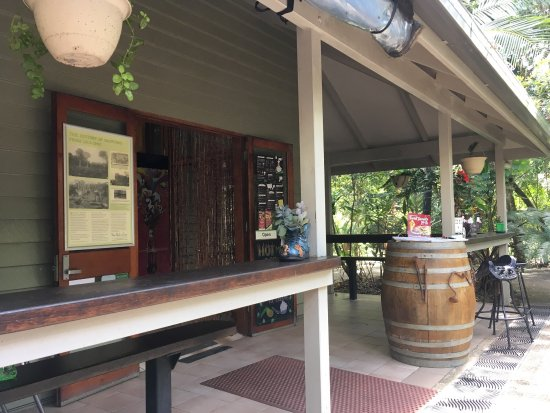 Platypus Lodge Restaurant - Southport Accommodation