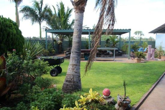 Devils Marbles Hotel - Southport Accommodation