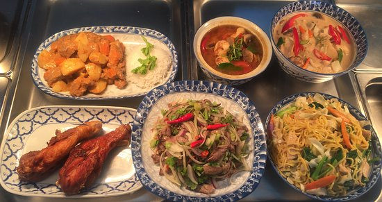 A Taste of Thai by fon - Southport Accommodation
