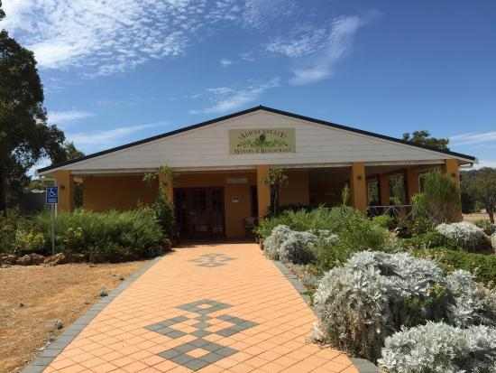 Alicia Estate Winery  Restaurant - Southport Accommodation