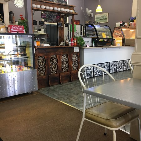 Full Moon Cafe and Thai Restaurant - Southport Accommodation
