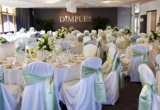 Dimples Restaurant - Southport Accommodation