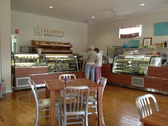 Elliott's Bakery  Cafe - Southport Accommodation