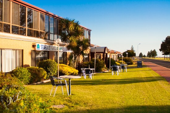 Lacepede Bay Motel  Restaurant - Southport Accommodation