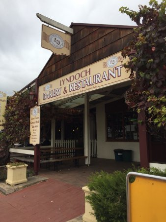 Lyndoch Bakery and Restaurant - Southport Accommodation