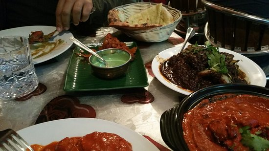 Mamak Tandoori House - Southport Accommodation