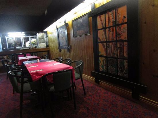 Indian Place Cuisine Restaurant - Southport Accommodation