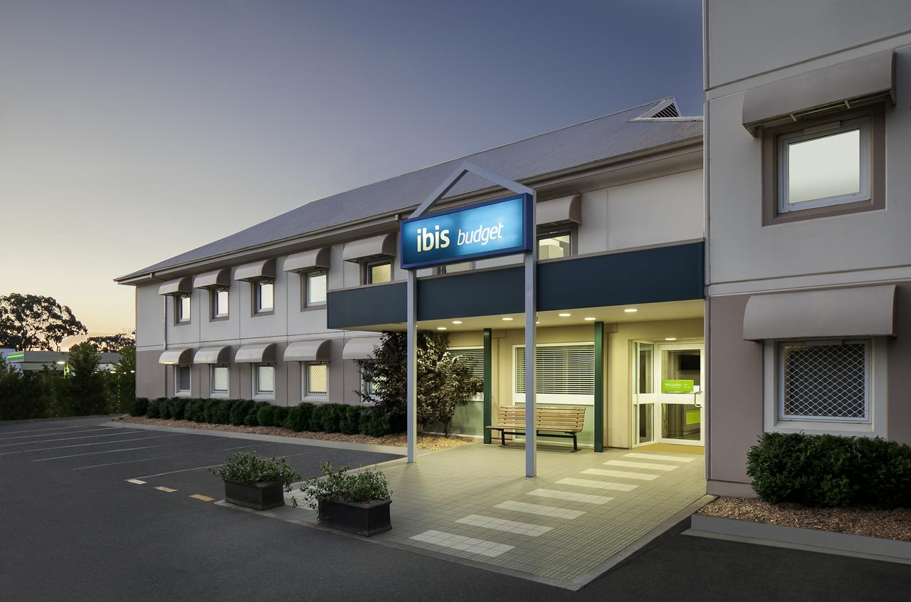 ibis Budget Canberra - Southport Accommodation