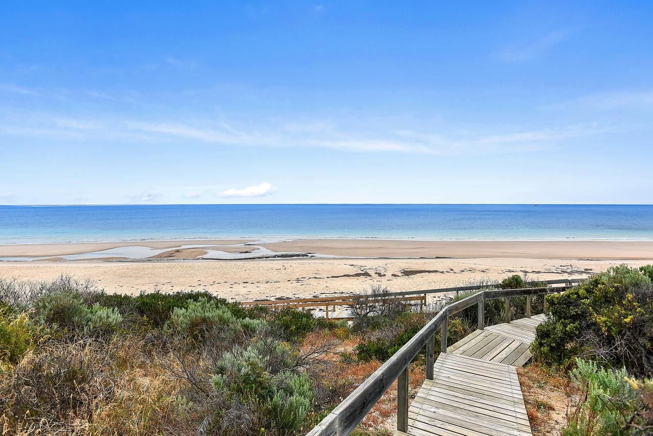 'The Hidden Diamond' - Normanville - Southport Accommodation