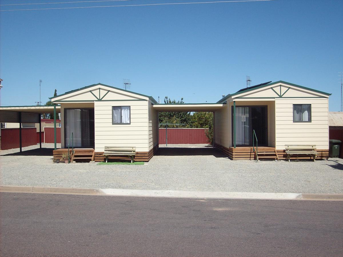 Jacko's Holiday Cabins - Southport Accommodation