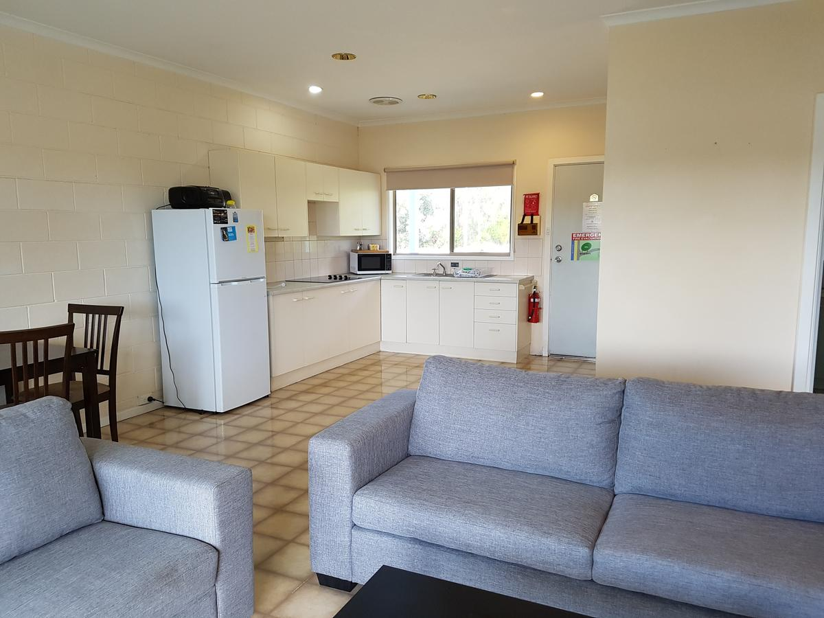 Marion Bay Holiday Villas - Southport Accommodation