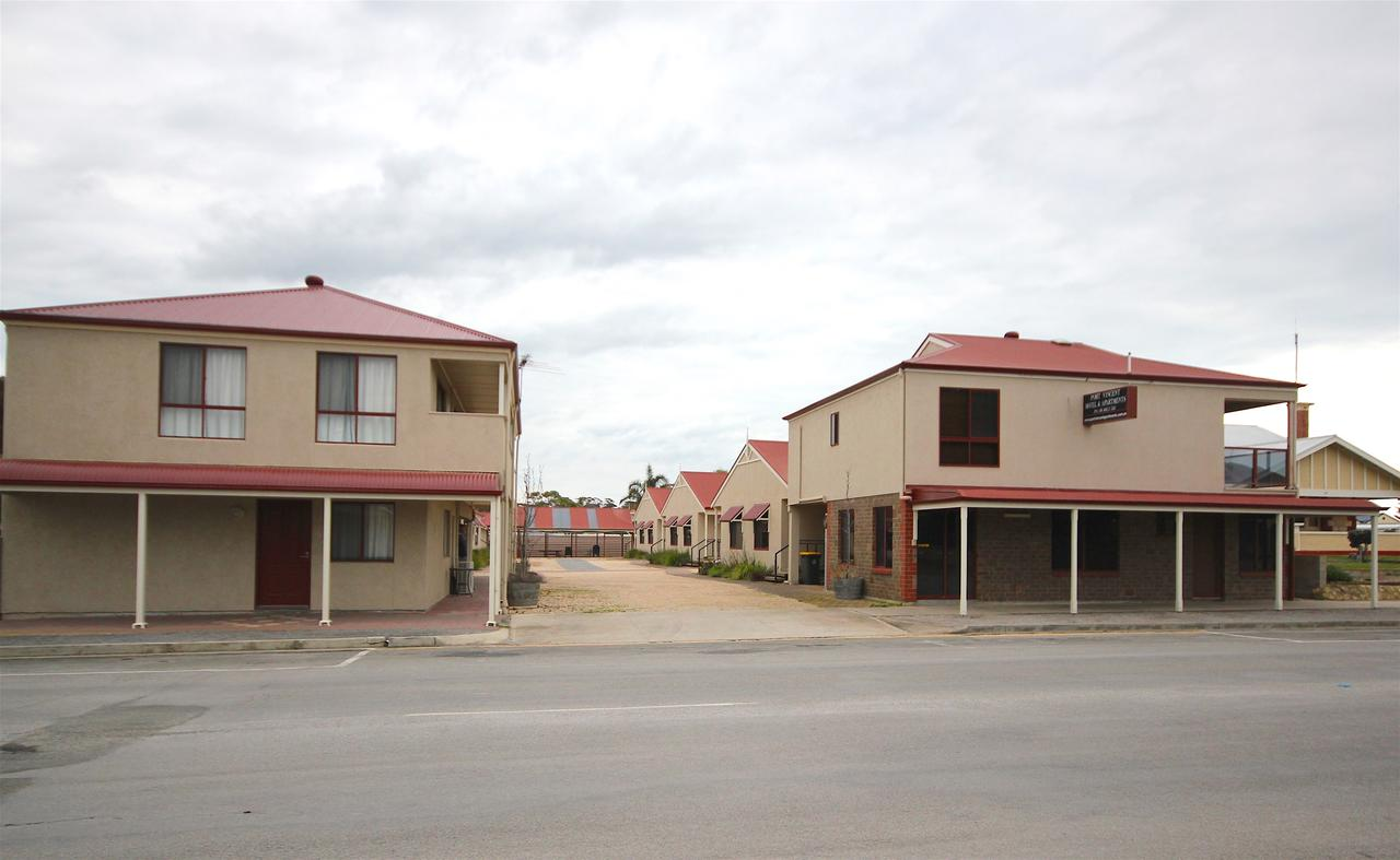 Port Vincent Motel  Apartments - Southport Accommodation