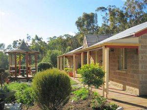 Riesling Trail  Clare Valley Cottages - Southport Accommodation