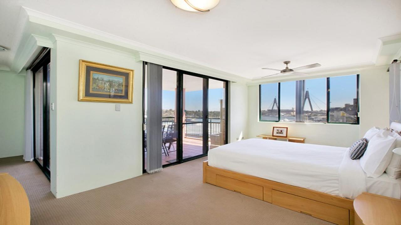 Darling Harbor Apartment - Southport Accommodation
