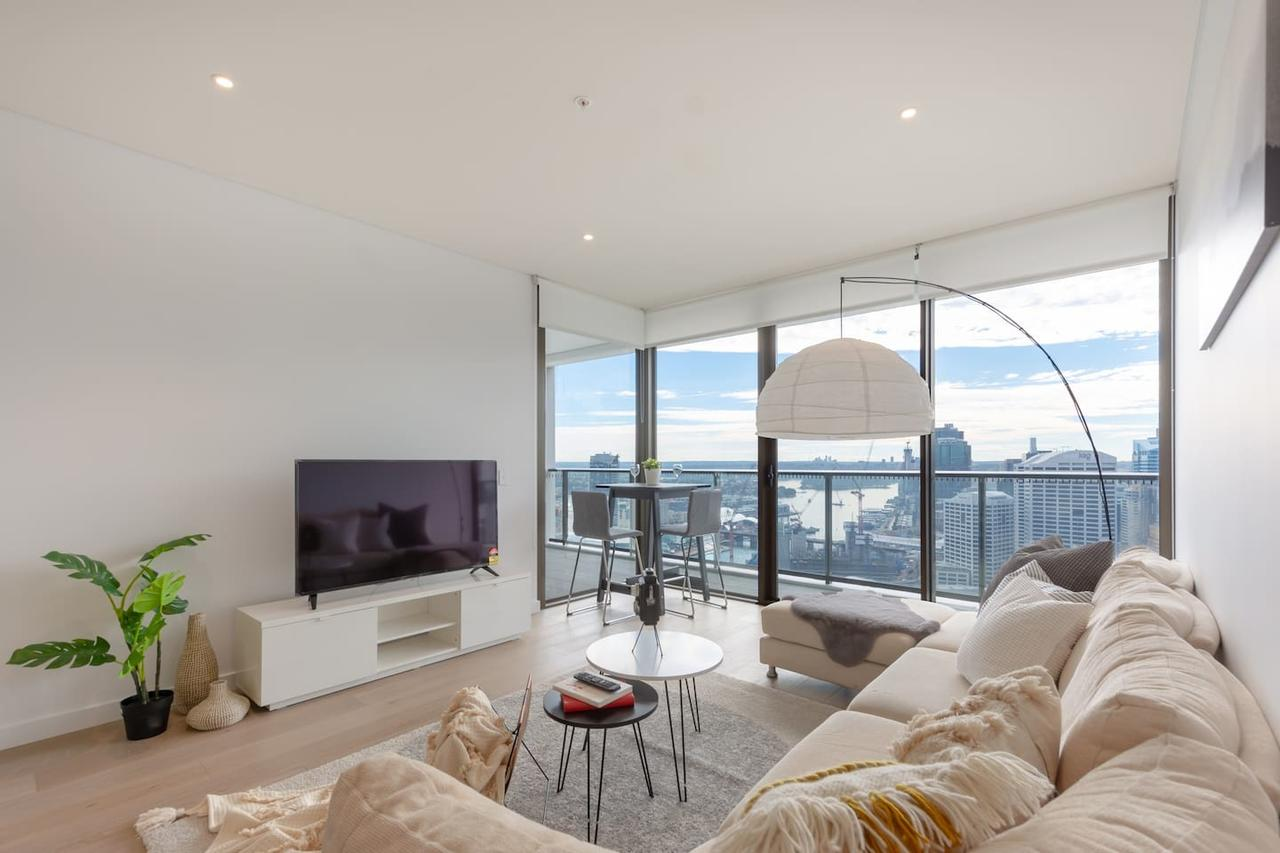High Rise apt in Heart of Sydney wt Harbour View - Southport Accommodation
