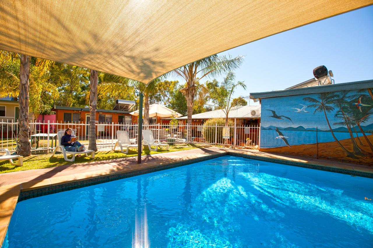 Alice Lodge Backpackers - Southport Accommodation