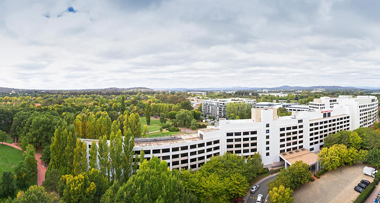 Crowne Plaza Canberra - Southport Accommodation