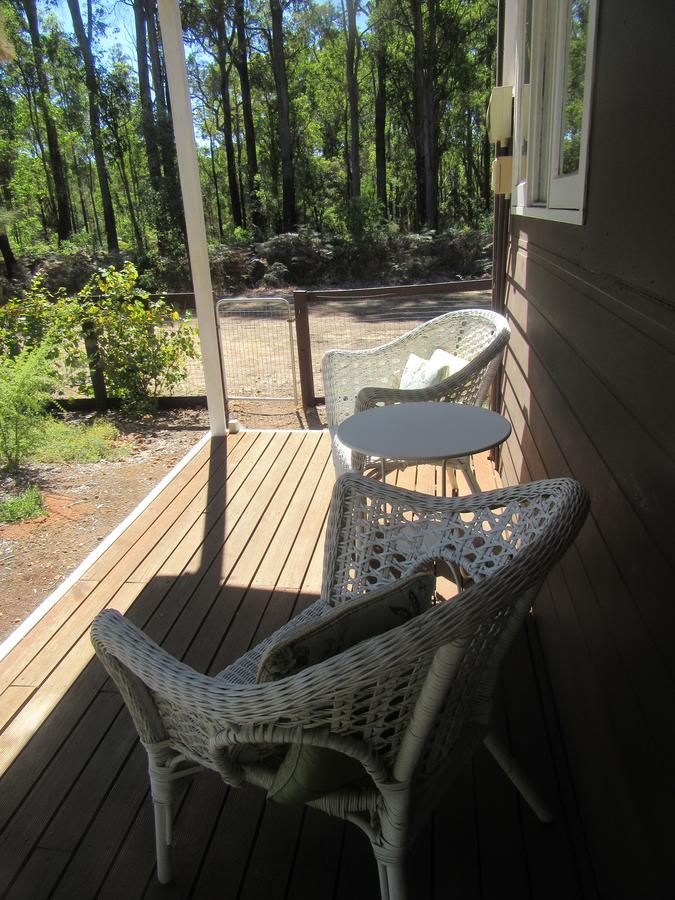 Di's Cabin in Dwellingup - Southport Accommodation