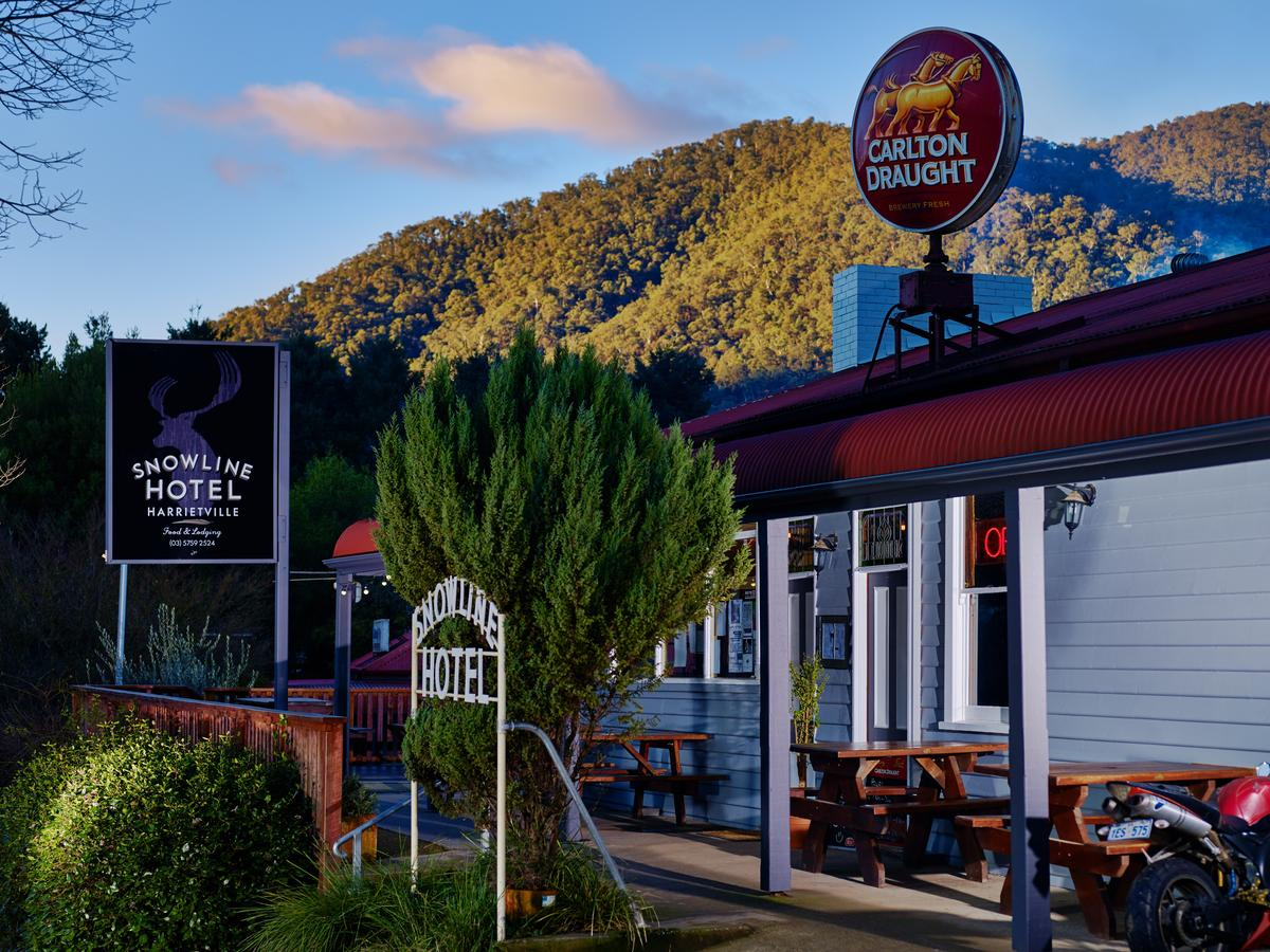 The Harrietville Snowline Hotel - Southport Accommodation