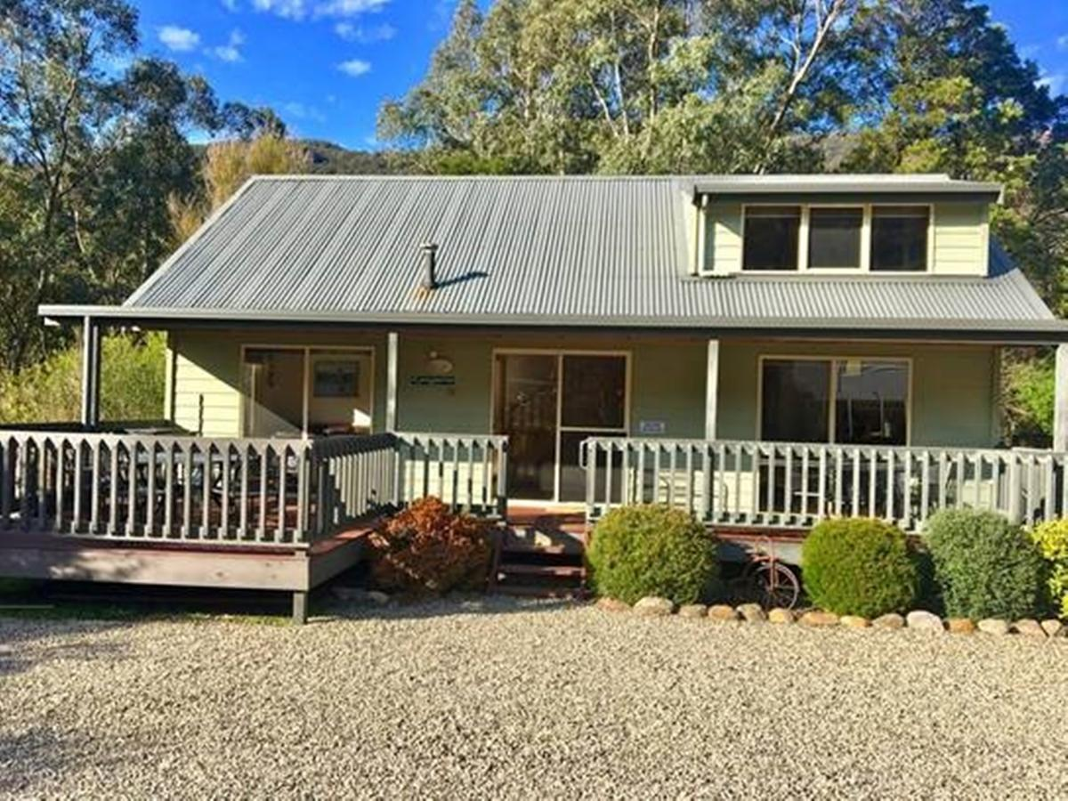 Kangurra Holiday House - Southport Accommodation