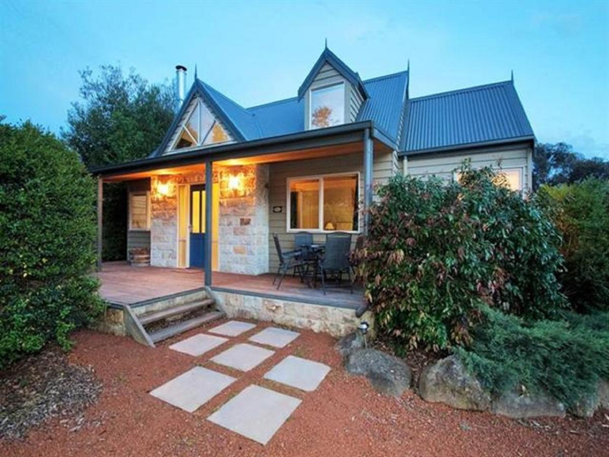 Two Truffles Cottages - Southport Accommodation