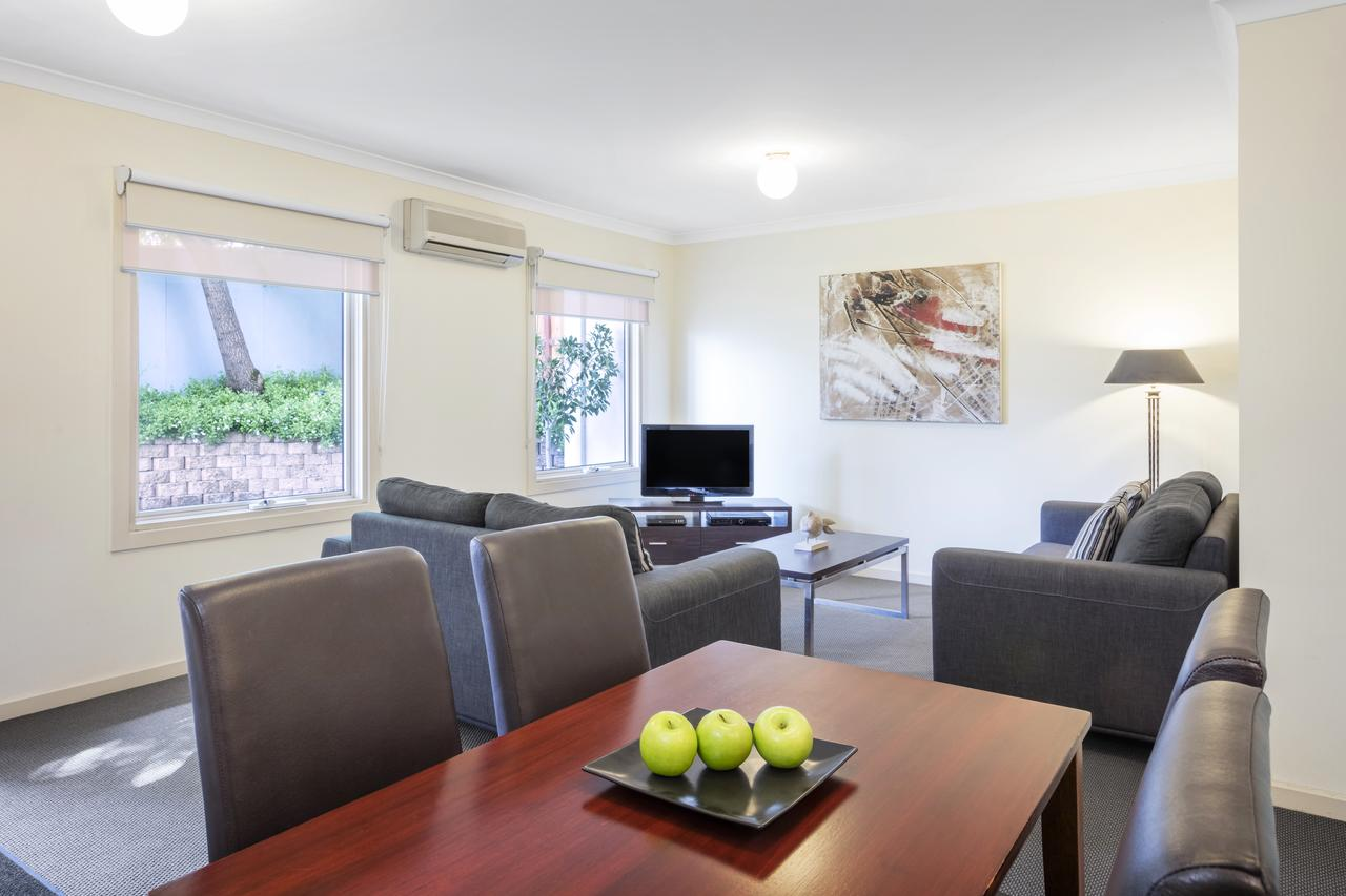 Hawthorn Gardens Serviced Apartments - Southport Accommodation