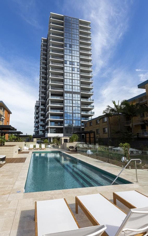 Boardwalk Burleigh Beach - Official - Southport Accommodation