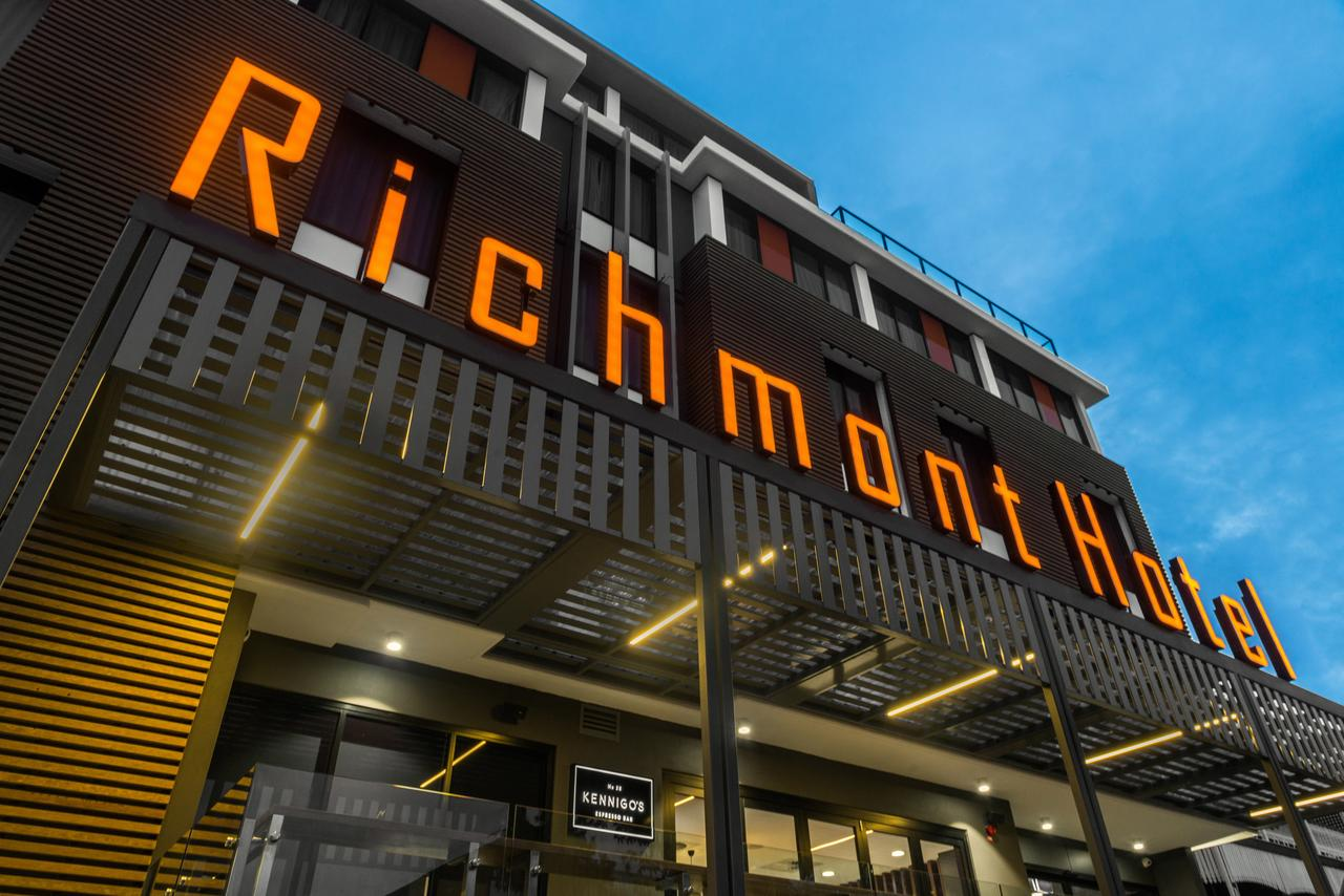Mantra Richmont Hotel - Southport Accommodation
