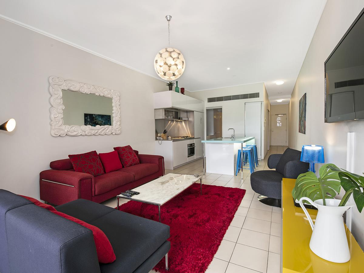 The Miro Apartments - Southport Accommodation